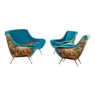 Italian Suite of a Sofa and Two Armchairs For Sale