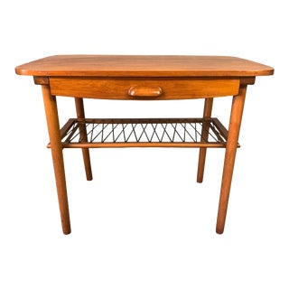 Vintage Danish Mid Century Modern Teak End Table For Sale