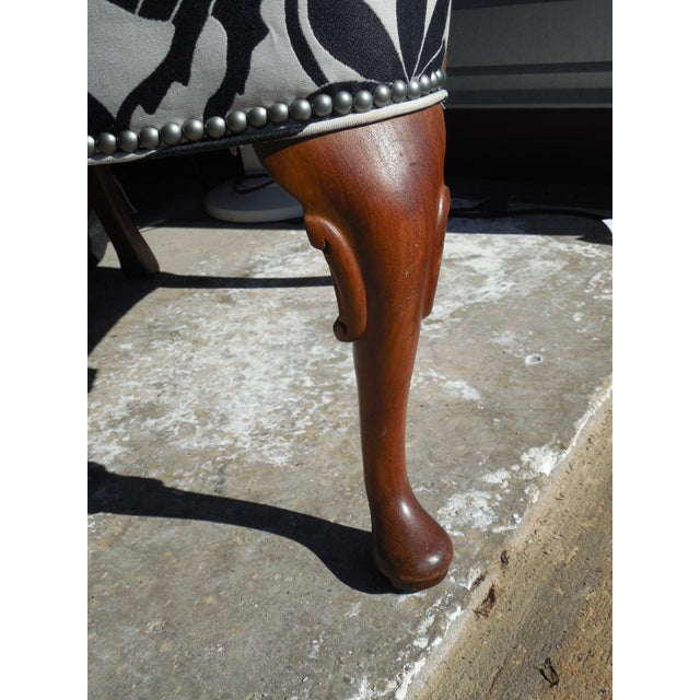 Hickory 1970's Queen Anne Otomi Armchair - Image 8 of 10