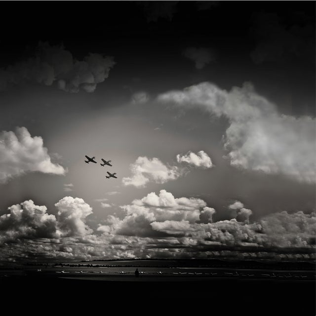 Unique, one-of-a-kind large canvas stretch print artwork. Aviation photography, ready to hang. Never used. Located in Los...