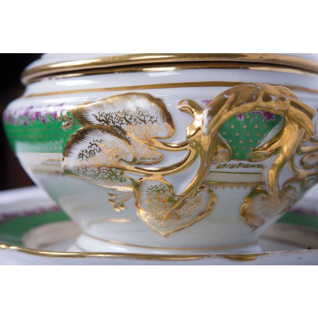 19th Century French Old Paris Lidded Oval Tureen with Underplate For Sale - Image 4 of 6
