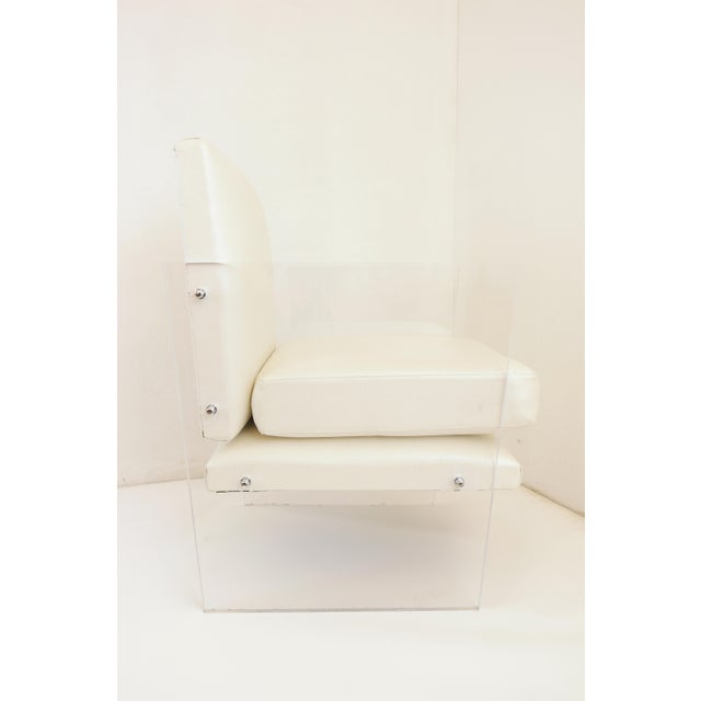 Vintage Mid Century Modern Clear Lucite & White Upholstered Arm Chair For Sale - Image 9 of 13