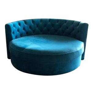 Chesterfield Style Blue Tufted Velvet Barrel Chair For Sale
