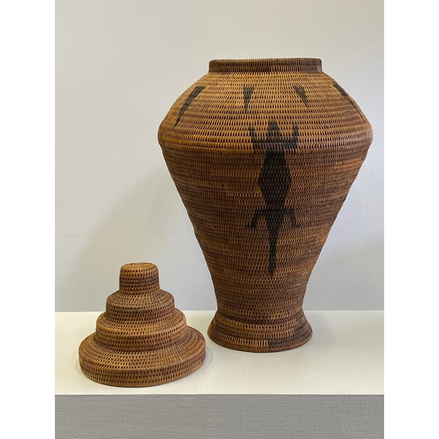 Vintage Urn Shaped Lidded Hand Woven Fiber Basket For Sale - Image 4 of 10