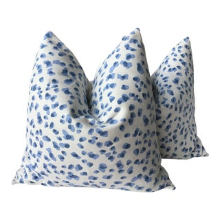 "Contemporary Ballard Designs ""mira"" Blue and White Droplet Fabric Pillows - a Pair, 21"" For Sale"