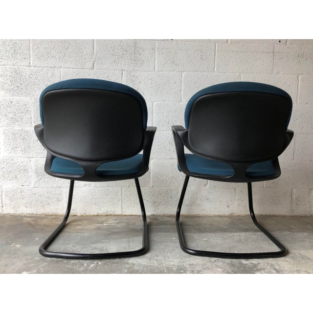 Contemporary Vintage 1990s Herman Miller Avian Sled Base Side Chairs (A Pair) For Sale - Image 3 of 13