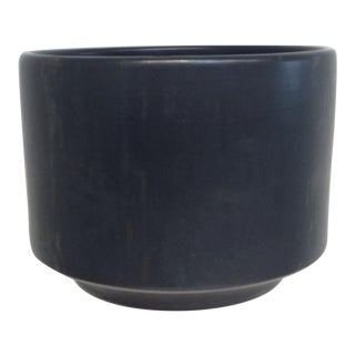 Mid-Century Modern Gainey Black Ceramics Planter For Sale