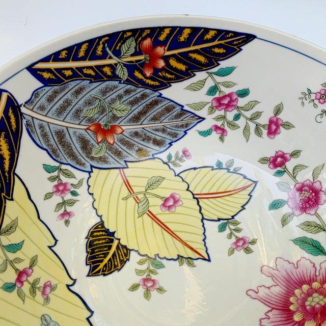 White Vintage Tobacco Leaf Fine China Medium Salads Serving Bowl For Sale - Image 8 of 13