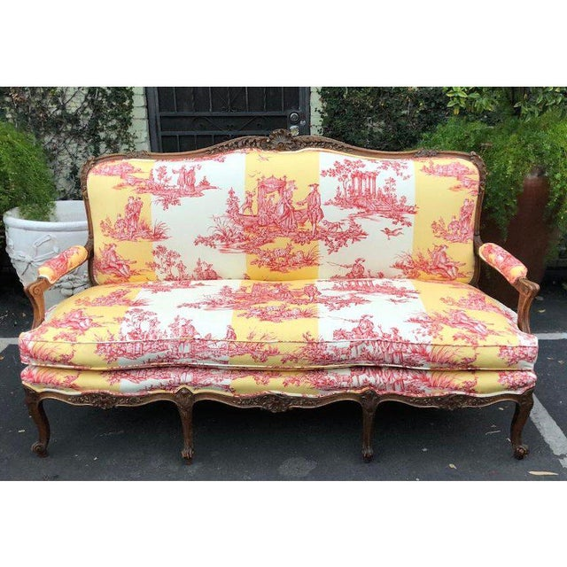 Antique Louis XV Style Carved Walnut Sofa Settee W/ Brunschwig & Fils Toile For Sale In Los Angeles - Image 6 of 11