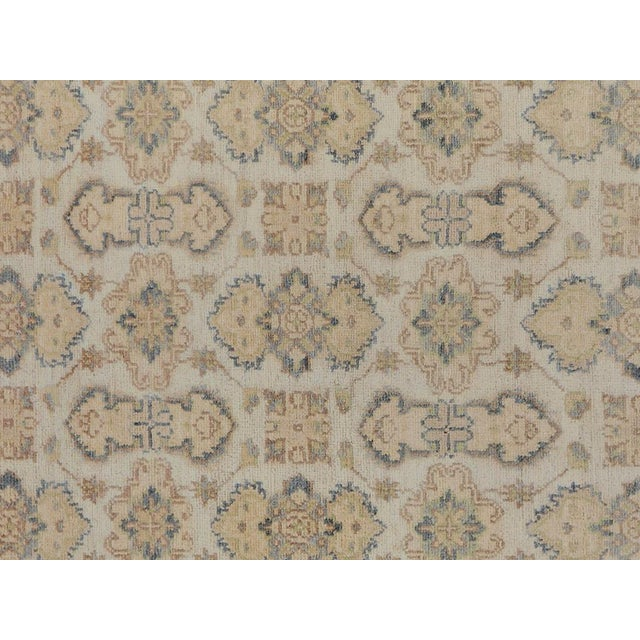 """Rustic Kafkaz Peshawar Robby Ivory/Gray Wool Rug - 4'0"""" X 5'8"""" A9490 For Sale - Image 3 of 7"""