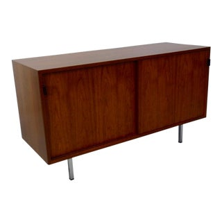 Florence Knoll for Knoll Leather Pull Walnut Sliding Door Credenza For Sale