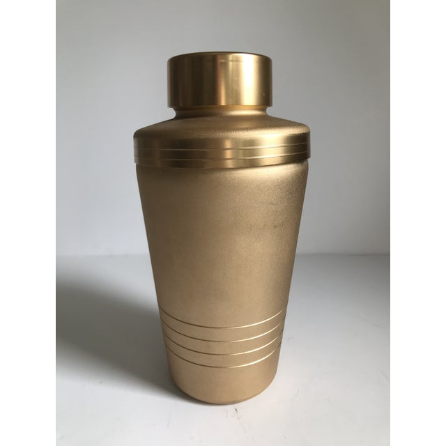 Mid 20th Century Vintage Matte Gold Cocktail Shaker For Sale - Image 5 of 7
