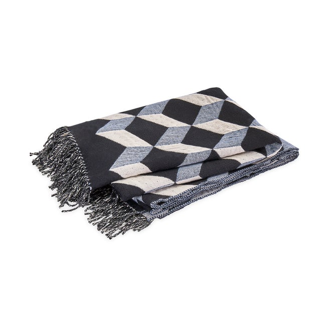 2010s Contemporary Belgian Geometric Wool & Cashmere Large Throw For Sale - Image 5 of 5