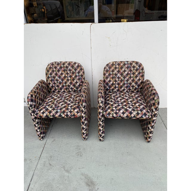 Pair of Vintage Lounge Chairs in Geometric Fabric. For Sale - Image 13 of 13