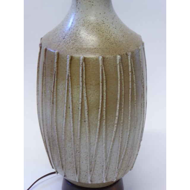 Brutalist 1960s David Cressey Pottery Table Lamp For Sale - Image 3 of 10