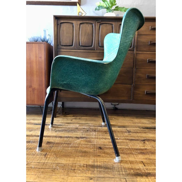 Mid-Century Modern Vintage Mid Century Lawrence Peabody Fiberglass Wingback Armchair in Green 1960s For Sale - Image 3 of 8