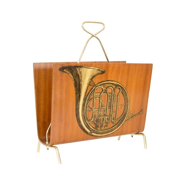 1960s Vintage Blonde Wood Magazine Rack With Musical Instrument Design For Sale - Image 5 of 5