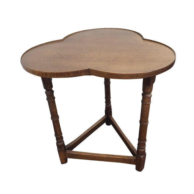Three Leaf Clover English Oak Table - Image 1 of 4