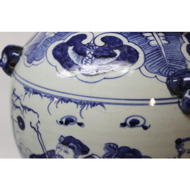 Blue Large Chinese Blue and White Covered Jar For Sale - Image 8 of 12