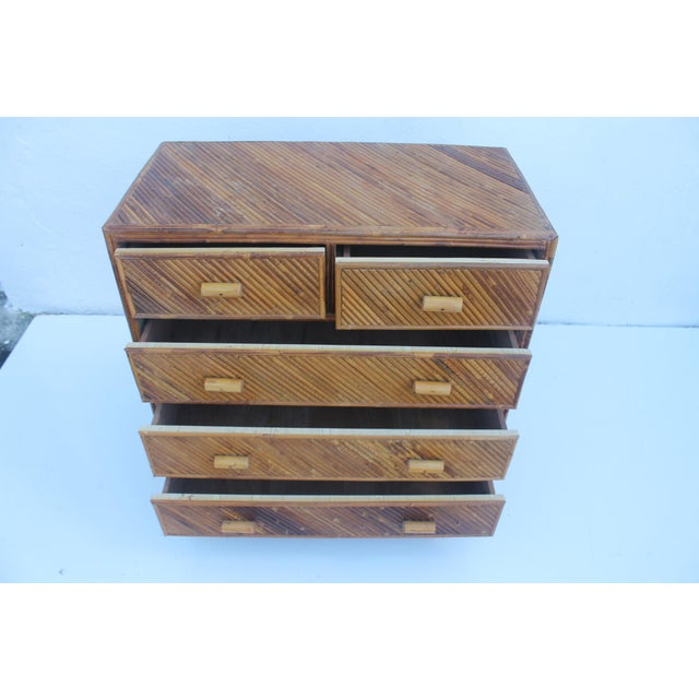 Vintage Pencil Reed & Rattan 5 Drawer Chest - Image 7 of 11