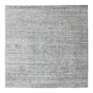 Square Modern Rug in Solid White Color With Distressed Pile and Charcoal Weft For Sale