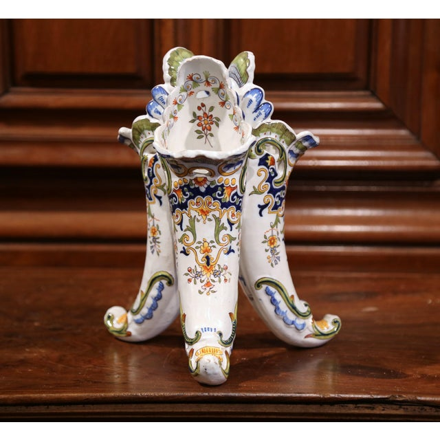 Early 20th Century French Hand Painted Ceramic Cornucopia Bouquetiere from Rouen For Sale - Image 4 of 9