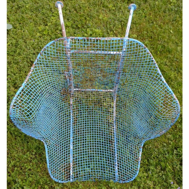 Russell Woodard Sculptura Wire Patio Chairs, Set of 4, in As-Found Sea Sky Blue For Sale - Image 10 of 13