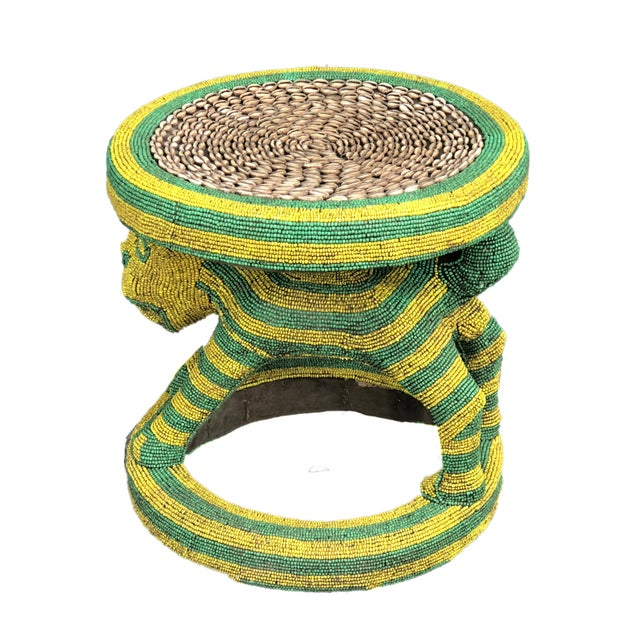"""Lg African Beaded Wood Bamileke Stool /Table Cameroon 18.5"""" H For Sale - Image 10 of 11"""