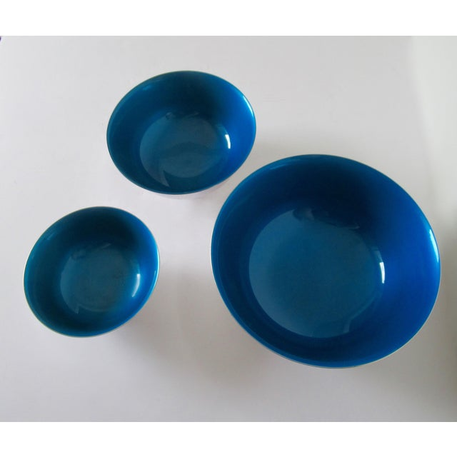 Blue Reed & Barton Silver Plate Bowls With Peacock Blue Enameled Interiors -Set of 3 For Sale - Image 8 of 13