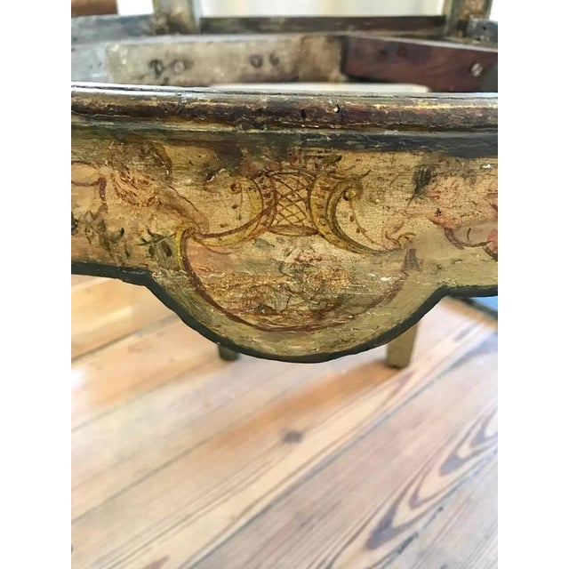 Four 18th Century Italian Painted Side Chairs For Sale In New Orleans - Image 6 of 9