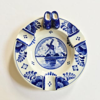 Delfts Ram Holland Hand Painted Blue Ashtray Preview