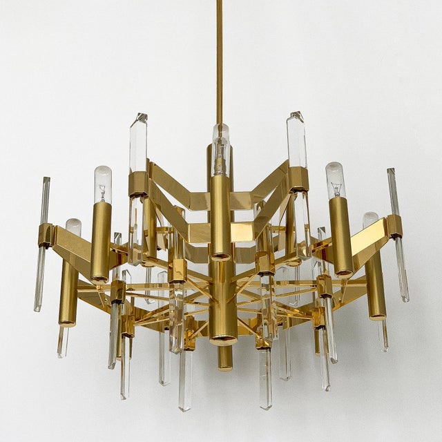 Mediterranean Gold-Plated Brass and Crystal Chandelier by Gaetano Sciolari For Sale - Image 3 of 12