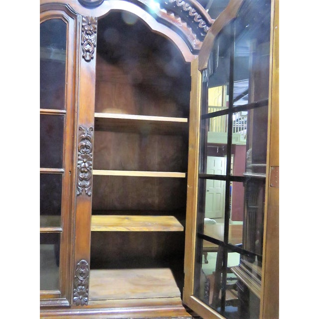 Mahogany 19th C. Carved Georgian 2 Pc. China Closet For Sale - Image 7 of 8