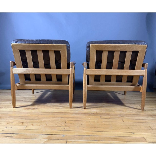 Pair Erik Wørts Solid Oak & Leather Lounge Chairs, Sweden 1960s For Sale In New York - Image 6 of 12