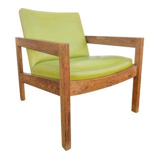 Mid Century Modern Gunlocke White Oak & Vinyl Chair For Sale
