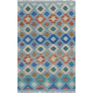 Pakistani Handwoven Wool Reversible Kilim Rug - 2′8″ × 4′2″ For Sale