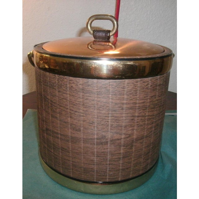 Brown Mid 20th Century Faux Wood Grain & Gold Kraftware Ice Bucket For Sale - Image 8 of 10