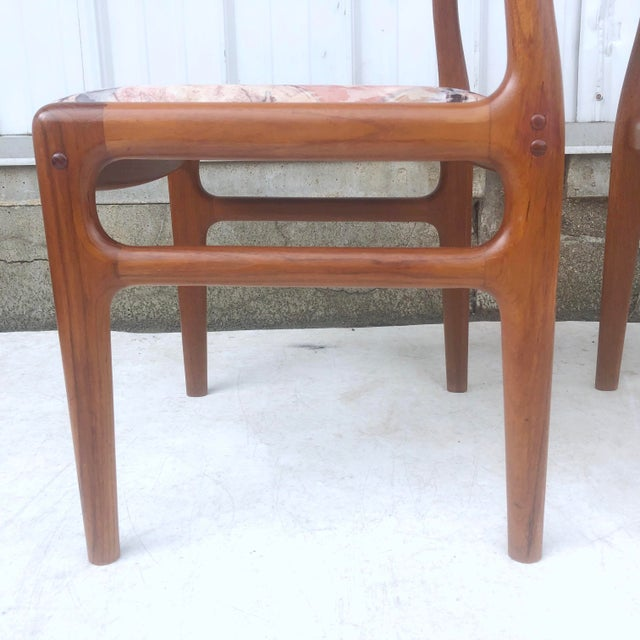 Mid-Century Modern Sculpted Teak Dining Chairs- Set of Four For Sale - Image 4 of 13