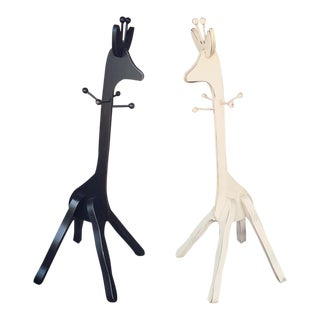 Children's Giraffe Hanging Racks