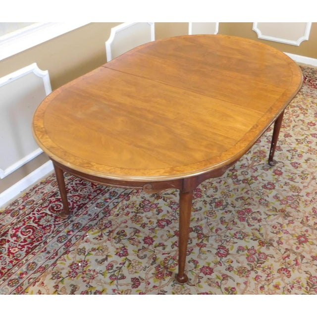 French Country 1980s Banded Walnut & Elm Dining Room Table W/ 2 Leaves For Sale - Image 3 of 10