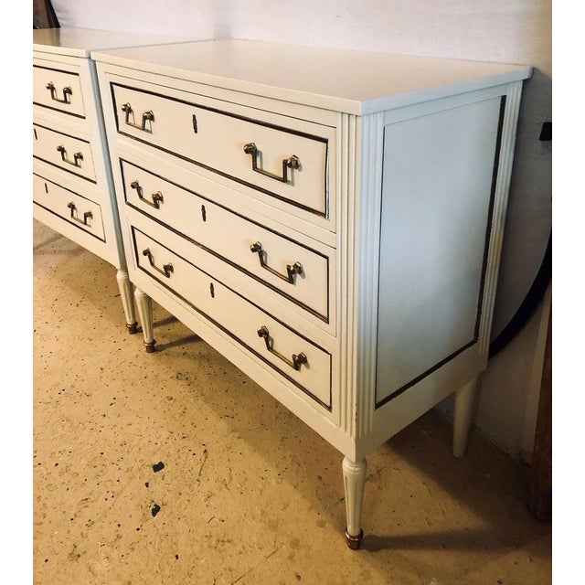1940s Pair of Stamped Jansen Commodes or Nightstands Chests in Louis XVI Style For Sale - Image 5 of 13