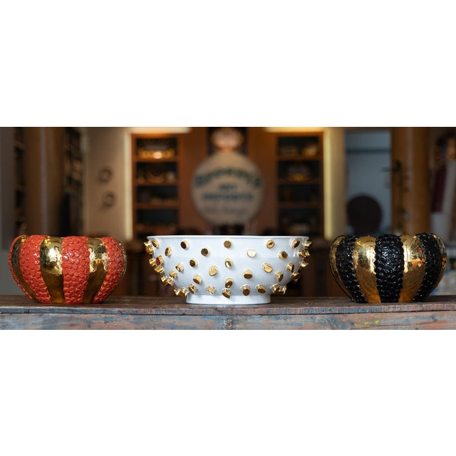 Cream Round Ceramic Vase with 24 Karat Gold Details, ND Dolfi For Sale - Image 4 of 10