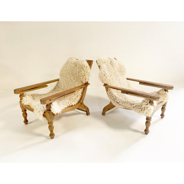 British Colonial Plantation Chairs With Sheepskins, Pair For Sale In Saint Louis - Image 6 of 10