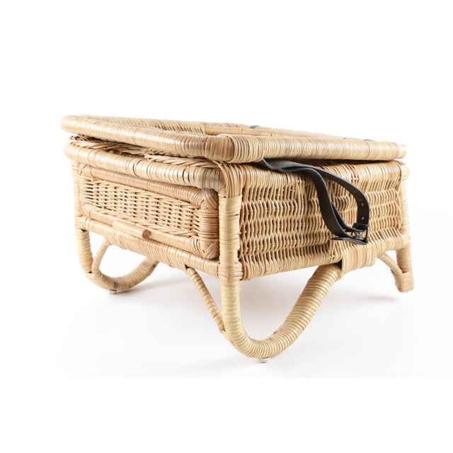 Vintage Wicker Picnic Basket Folding Chair For Sale - Image 4 of 13