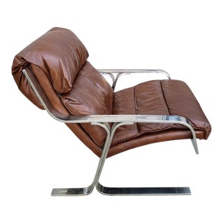 Mid-Century Modern Brown Leather & Chrome Lounge Chair For Sale