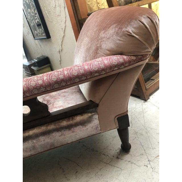 Pink 1920s Art Nouveau Plush Pink Chaise Lounge For Sale - Image 8 of 11
