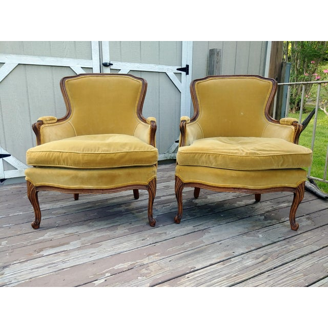 Vintage Meyer Gunther Martini Louis XV Carved Hardwood Bergere French Chairs- a Pair For Sale - Image 13 of 13