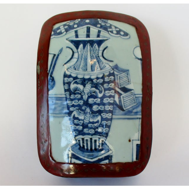 Vintage Chinese Lacquered Box For Sale - Image 10 of 10