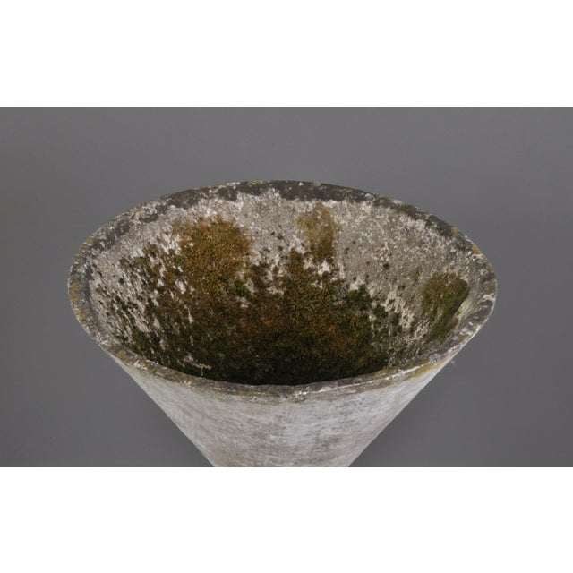 Small Hourglass Planter by Anton Bee For Sale In New York - Image 6 of 11