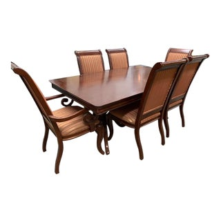 Traditional Dining Room Set - 7 Pieces For Sale